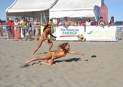 Saque inicial para el Circuito Chubutense de Beach Volley